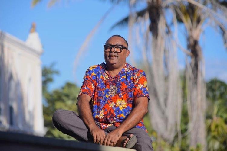 """""""Quero um lugar de lazer, democracia e afeto"""", diz Pellé, pré-candidato a vereador"""